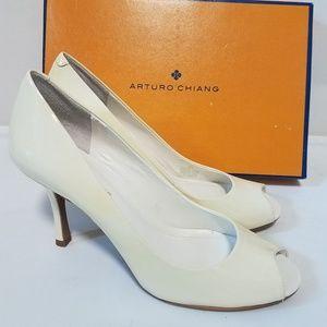 Arturo chiang china white soft patent apple heels